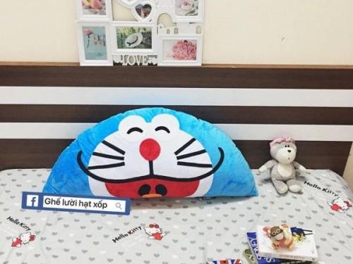 Gối tựa đầu giường Doraemon (1)