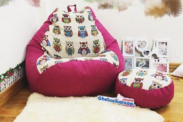 Chiếc ghế hạt xốp trong căn phòng với thời tiết rét buốt